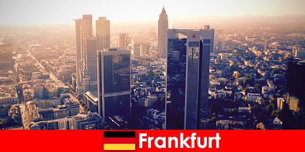 Burdeles y burdeles en Frankfurt am Main Servicio de acompañantes de primera clase para huéspedes con clase