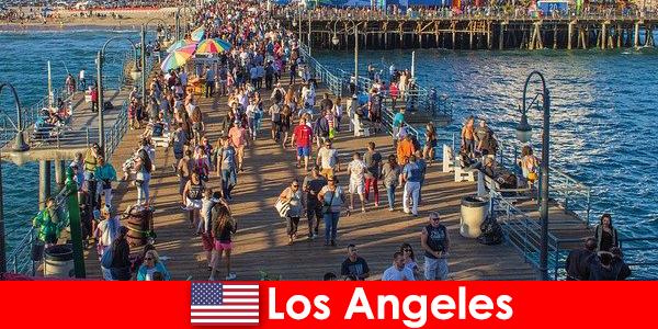 Guías turísticos profesionales para los mejores cruceros y recorridos en barco por Los Ángeles