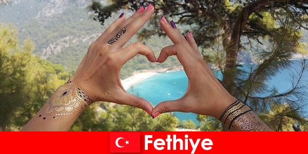 Vacaciones en la playa en Turquía Fethiye para jóvenes y mayores siempre un sueño